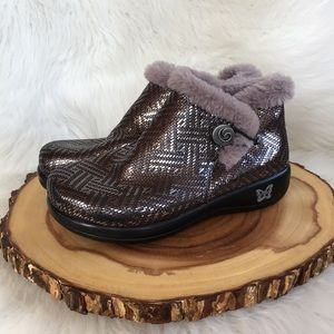 Alegria faux fur lined side zip clog booties